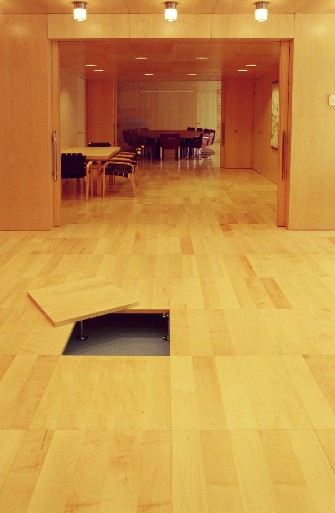 Pavimenti flottanti per interni prezzi pavimento modulare for Pavimento sopraelevato prezzo