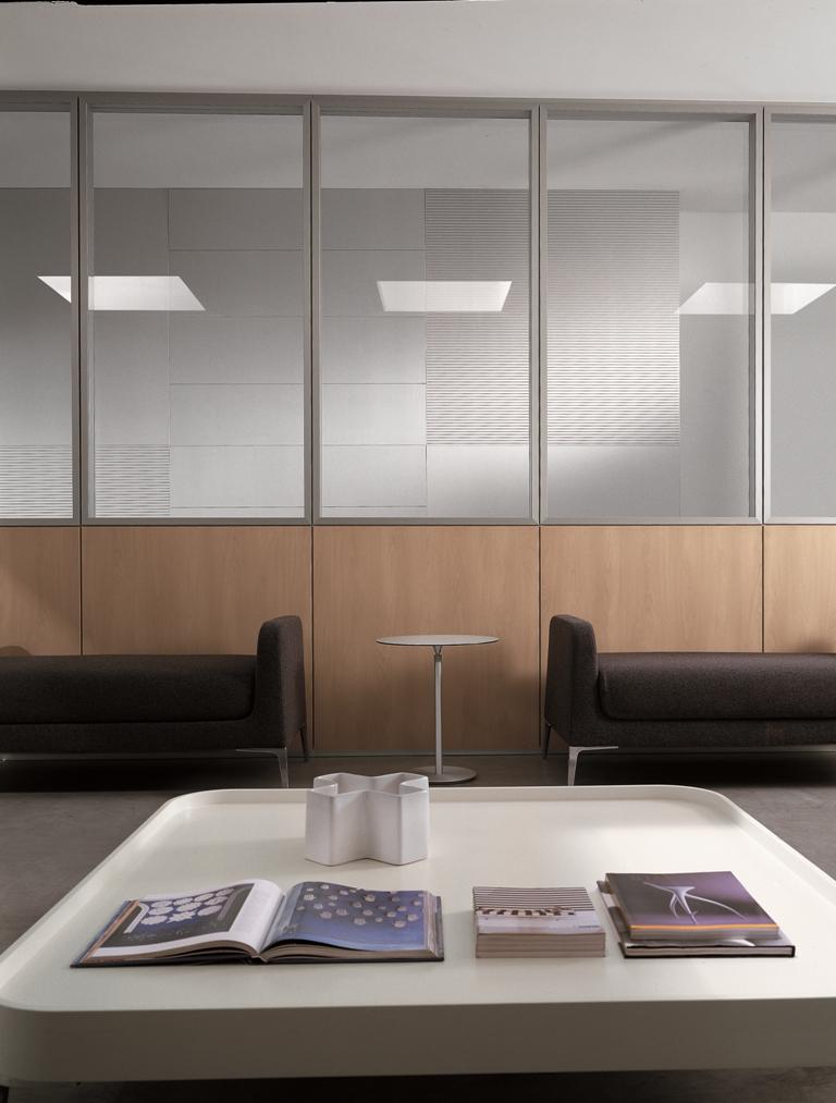 Pareti Divisorie Mobili Torino: Pareti mobili senza giunti con pannelli divisori in vetro.